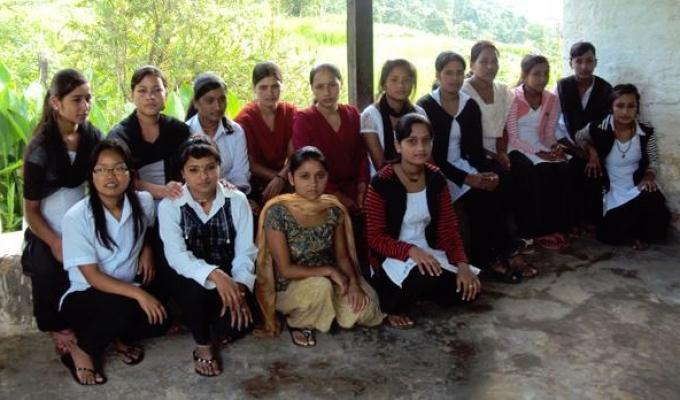 nepal-girls-1
